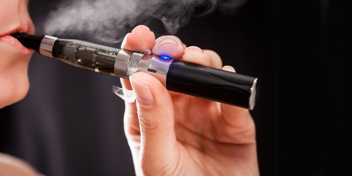 10 Reasons to Switch to Electronic Cigarettes